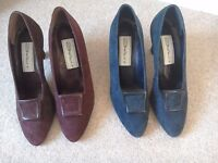 VINTAGE STYLE SUEDE SHOES 2 PAIRS SIZE 5