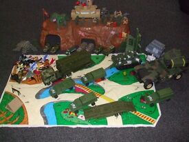 bundle of various army toys
