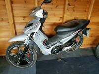 Learner legal 2014 Peugeot vox 110 scooter spares or repair