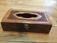 Tissue wooden box