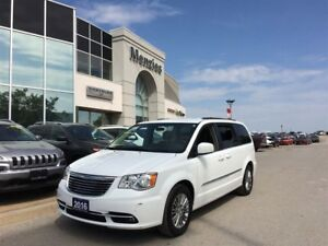 2016 Chrysler Town & Country Touring-Leather, Bluetooth, Cam, Cl