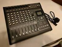 Korg D888 8-Track Recording Desk