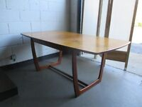 MID CENTURY PORTWOOD TEAK RETRO G PLAN GPLAN QUADRILLE STYLE EXTENING DINING TABLE FREE DELIVERY