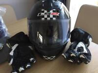 Motor cycle helmet and gloves large