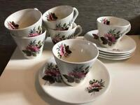 6 vintage style cup and saucers - Lord Nelson