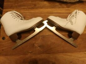 Ladies white figure skates size 7