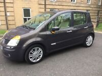 2005 Renault modus low mileage full history,Full leather, like the Peugeot,Citroen