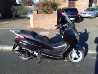 2009 Honda S-Wing Fes 125 maxi scooter, automatic, new 1 year MOT, use on CBT, very good runner,,,