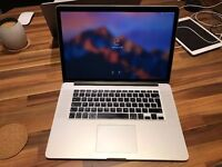 As-new 2015 Apple MacBook Pro 15 inch Retina (Intel Core i7 2.2 GHz, 16GB RAM, 256GB SSD) MJLQ2B/A