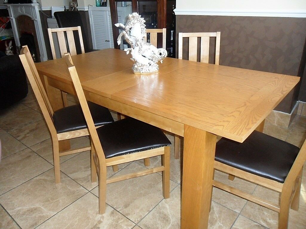 Solid Extending Light Oak Dining Table With 6 Chairs