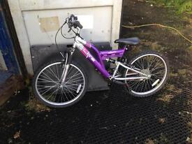 Girls Mountain Bike in need of a tidy up
