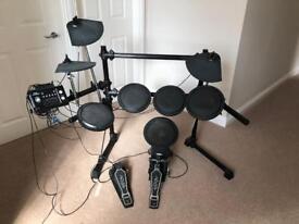 DD5012(j) Electric Drum Kit (REDUCED)