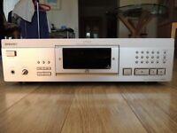 Sony CDP - XA5ES