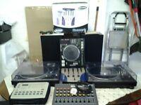 Denon DNS5000 MP3 Plug , 2 decks and 3 way mixer,phase sampler & synthesiser