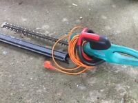 Bosch AHS 7000 Pro-T Electric Hedgecutter (70 cm Blade, 34 mm Tooth Capacity)