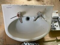 Bathroom sink excellent condition no chips! The