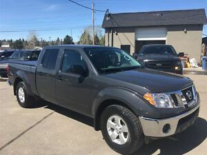 2012 Nissan Frontier SV / 5 SPEED / 4.0 / ALLOYS