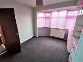 2 Bedroom First Floor Mainsonette Flat in South Harrow, HA2