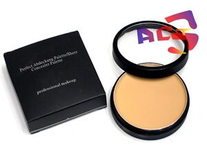 Pro-Longwear-Blendable-Cream-Concealer-Medium-Light-03