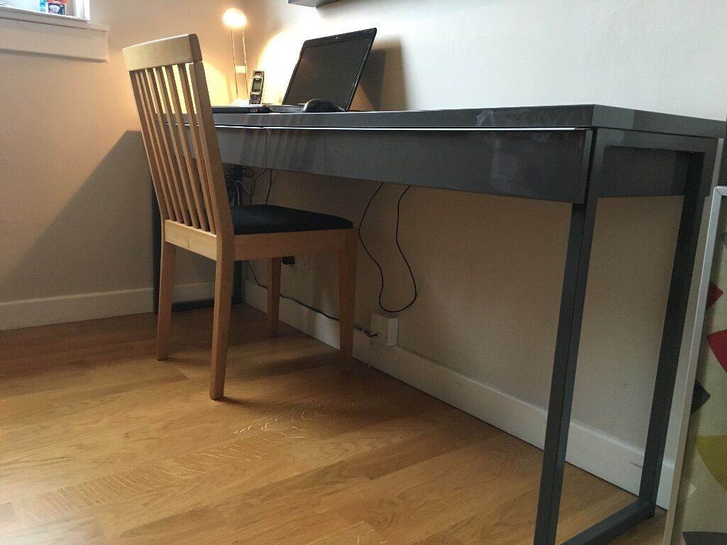 ikea besta burs desk with 2 drawers in high gloss grey in duddingston edinburgh gumtree. Black Bedroom Furniture Sets. Home Design Ideas