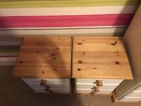Pine Cabin bedroom furniture set