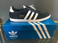 BRAND NEW Boxed Adidas Gazelle Mens UK Size 9. Collegiate Navy