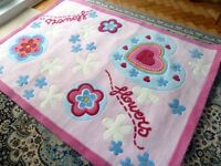 """Very Pretty Bedroom Rug approx 47"""" x 67"""" Hardly used."""