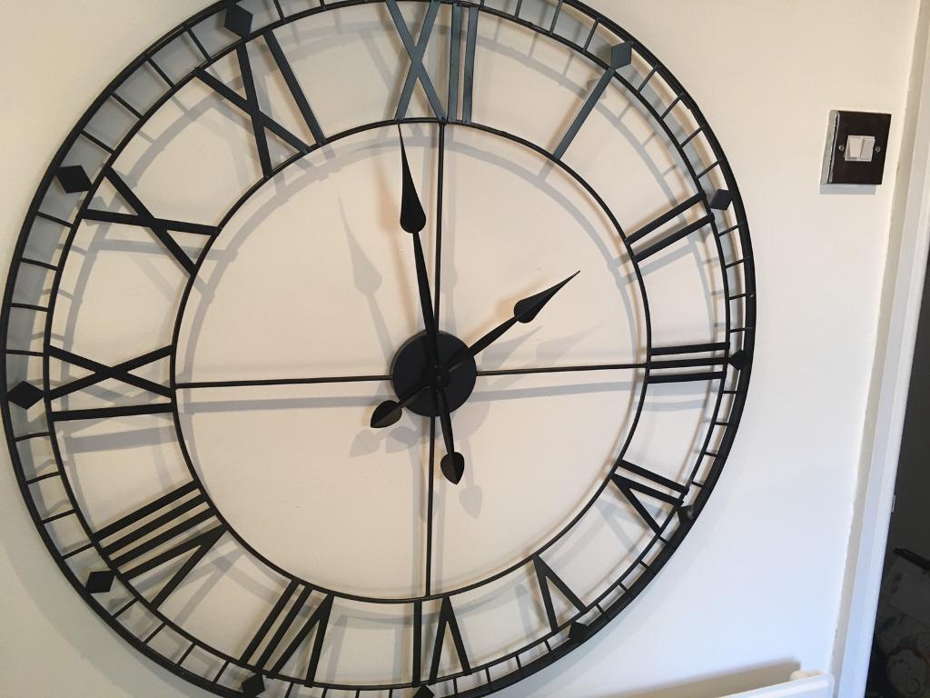 Extra large 88cm Roman Skeletal Clock (RRP £60)