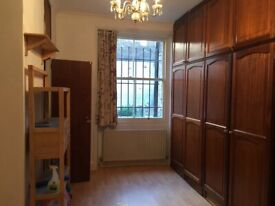 large ensuite double room for rent in central London Westminister, Maida Vale W9 (Warwick Avenue )