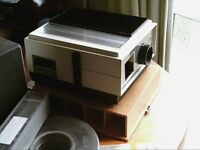 Paximat 35mm slide projector and screen