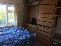 Double & Single room near Shoreham beach roundabout