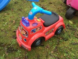 Fisher Price Ride On Fire Engine Kids Outdoor Garden Toy