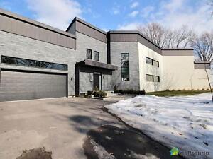 1 295 000$ - Maison 2 étages à vendre à ND-De-L'Ile-Perrot