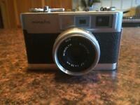 Minolta camera 1:2.7 38mm