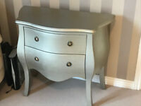 Living Room/ Bedroom Side Table/ 2 Draw Chest of Draws/ Next / Excellent Condition