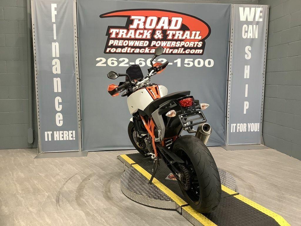 Thumbnail Image of 2014 KTM 690 Duke