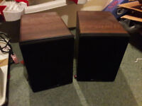 Small shelf speakers, Cambridge S30, used in excellent condition without cables