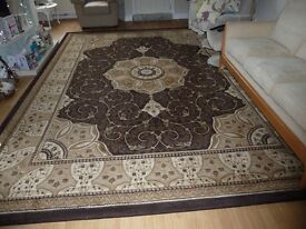 Heritage hand crafted lounge rug