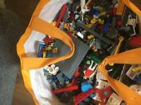 8 kilo of Lego