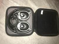 BOSE HEADPHONES £85.00 ONO