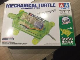mechanical turtle crawling type