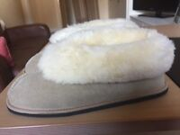 Slippers size 7/8