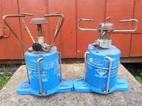2 camping gas stoves