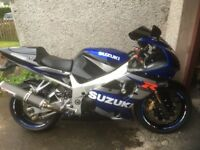 Gsxr 1 k2 yoshi,wavys,braided ,blk/p/ctd wheels ,13,750 mls . Need sit up style retro, fighter ?