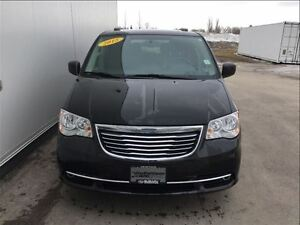 2015 Chrysler Town & Country Touring with DVD