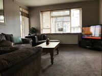 2bedroom flat looking for 3 bedroom house