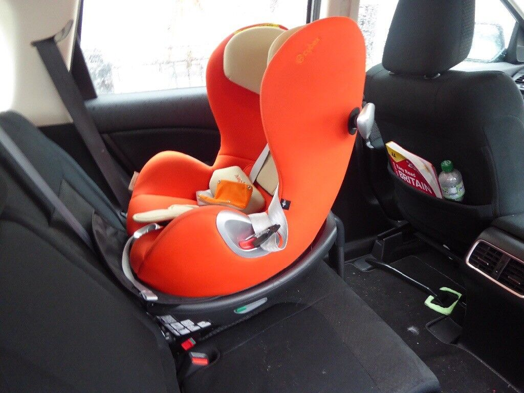 sirona cybex baby and toddler s car seat with isofix in hove east sussex gumtree. Black Bedroom Furniture Sets. Home Design Ideas
