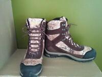 Cabela's hunting boots