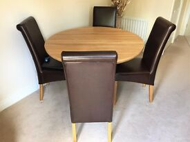 Oak Furnitureland 'Provence' Natural Solid Oak Round Table & 4 brown leather chairs with oak legs