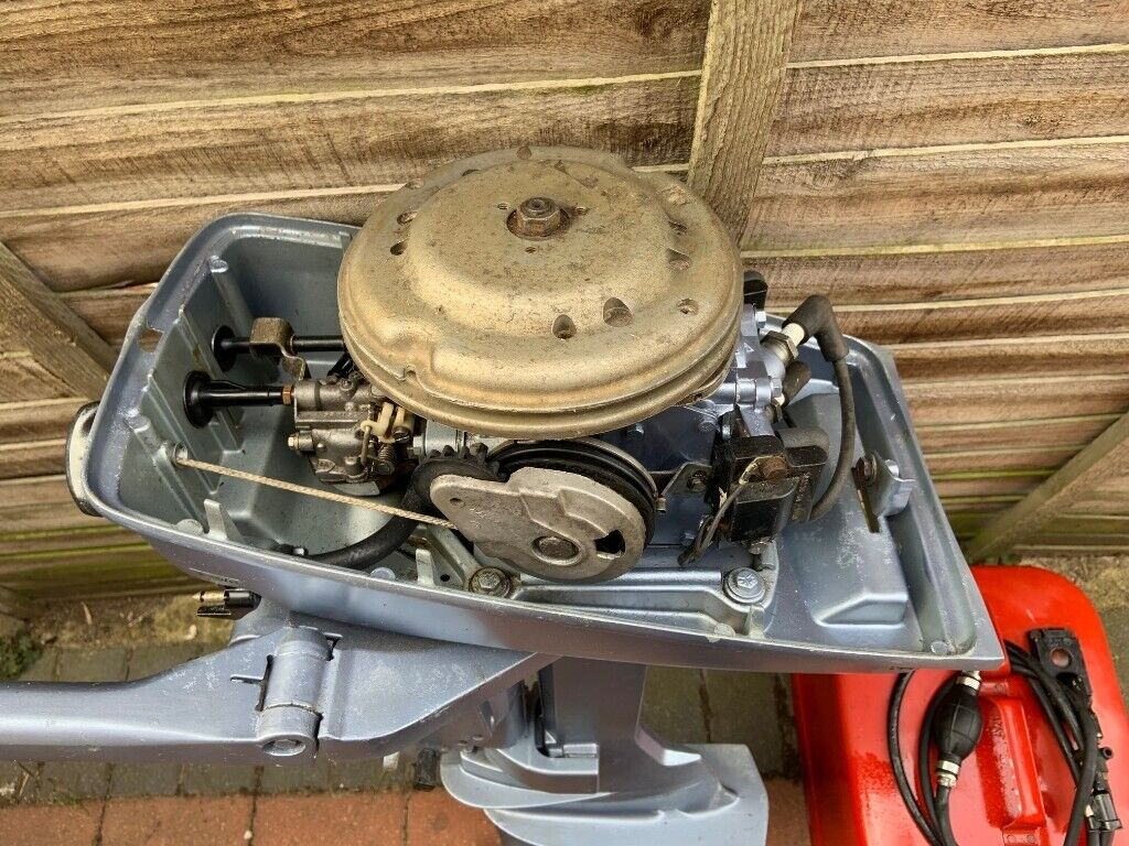Evinrude 4 hp Shortshaft with tank | in Churchdown, Gloucestershire |  Gumtree